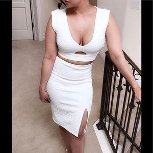 Hot Miami Styles White Textured Crop Top & Skirt S